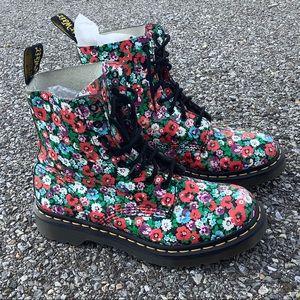 Dr Martens Pascal Black Wild Poppy Floral Print Boots Size 8 - Doc Martens
